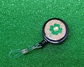 Green and gold shamrock badge reel #3