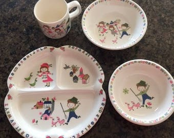Vintage Child's Melamine Dish Set