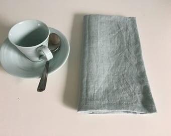 Linen napkins set of 4,6. Light turquoise linen dinner napkins. Wedding linen napkins,