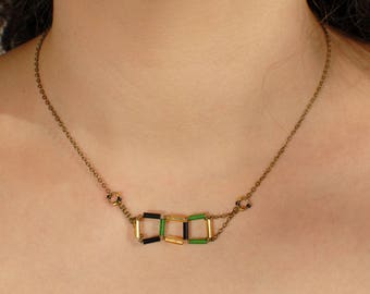 Squared necklace Empties