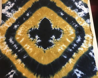 Black and Gold Tie Dyed Fleur de Lis