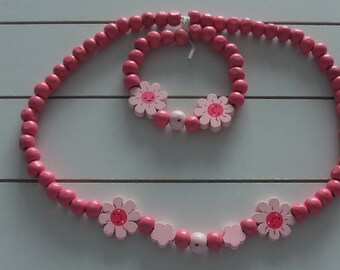 Childrens Pink Daisy Wooden Necklace and Bracelet Set