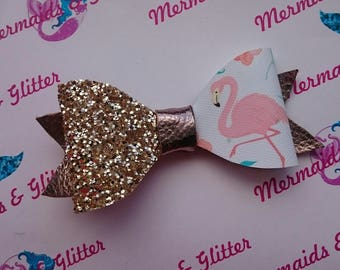 Flamingo glitter hair bow