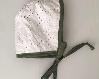 Reversible Vintage Eyelet and Floral Bonnet