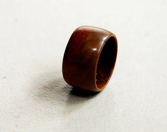 "Ring ""Alpha piscium"" in walnut and mahogany-12 mm wide"