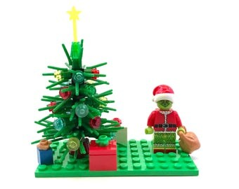 The Grinch Custom Lego Compatible Set with Christmas Tree & Presents