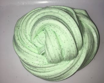 Mint chocolate chip fluffy slime