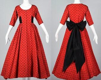 Small Elegant Formal Dress 1950s Evening Dress Fit and Flare Vintage 50s Holiday Dress Red Faille Black Velvet Flocked Full Skirt