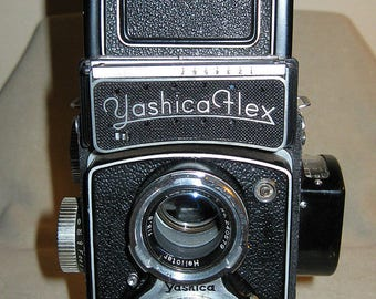 Yashicaflex Model S Twin Lens Reflex (TLR) Camera