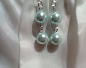 Pearly Blue Dangle