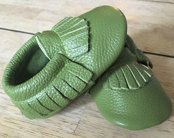 Baby Moccasins, Newborn Moccasins, Baby Moccs, Baby Boy Moccasins, Baby Girl Moccasins