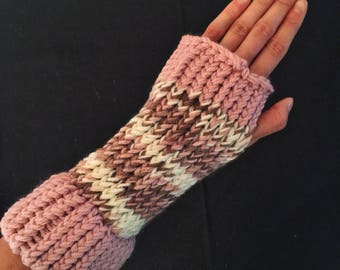 Soft Pink Brown and White Knit Fingerless Gloves