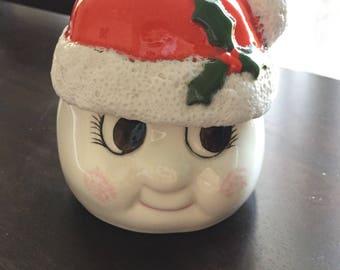 Adorable vintage ceramic santa / snowman jar