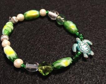 Green Turtle Beaded Bracelet
