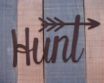 Hunt Metal Decor