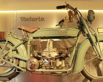 For bike lovers a beautiful old.