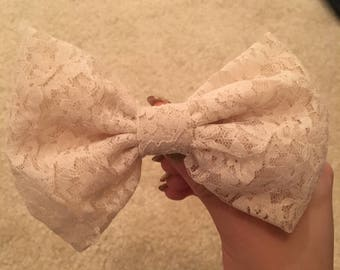 Vintage White Lace Hair Bow