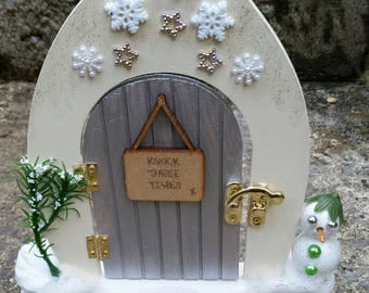 Snow fairy door