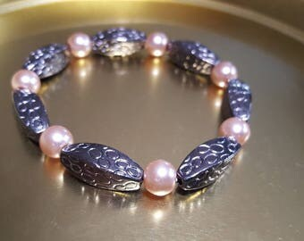 Stainless steel and soft gold beaded Bracelet