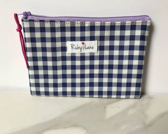 Mini Oilcloth pouch / Mini pouch / Zipper pouch / Gift idea for her / Navy gingham