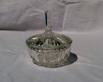 vintage cut glass/crystal candy/nut bowl with lid