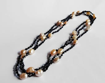 Peach Pearl and Black Agate necklace