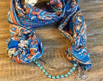 LIFE IS BLUE! Stylish Shawl Necklace