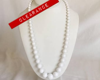 CLEARANCE Graduated White Plastic Bead Necklace, Round Beads, Vintage, 1980s