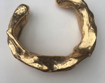 Bracelet Golden brass patina vintage prototype couture jewelry.