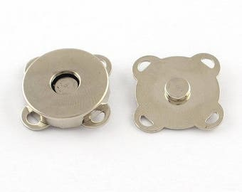 2 MAGNETIC SNAPS SEWING LOVING MALE / FEMALE METAL HABERDASHERY NEW