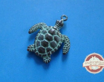 Turtle pendant bronze patina verdigris 30x40mm