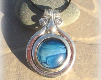 big pendant agate