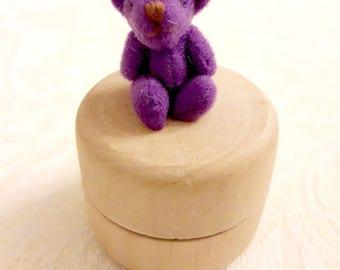Box teeth wood - mini Pooh purple