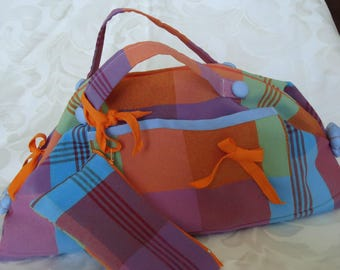 CHARMING WAY MADRAS WITH ITS MATCHING POUCH KIT