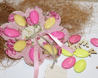 Containing sweets linen flower