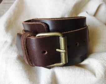 Subtle coffee Brown Leather Bracelet