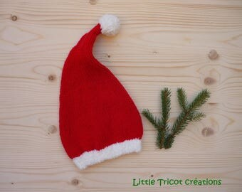 Santa Claus red and off-white Beanie. (3/6 months). Handmade wool