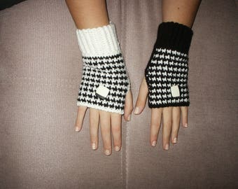 black and white mittens couture toss