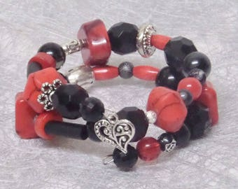 2 memory Wire Bracelet red and black beads strands