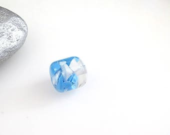 Blue acrylic bead