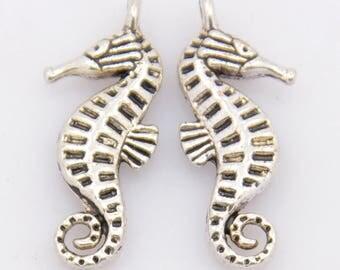 Silver metal 22mm x 9mm seahorse charm
