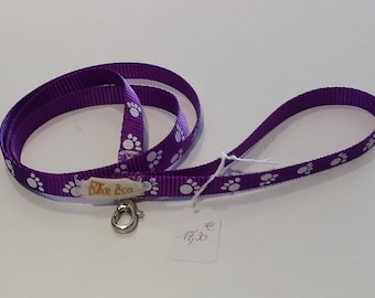Purple nylon leash for dog or cat