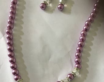 Hot purple glass pearl with earrings