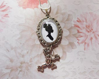 "Pendant necklace glass cabochon ""Tiana, Princess and frog"""
