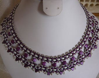 TRENDY WOVEN BEADS NECKLACE WHITE AND PURPLE