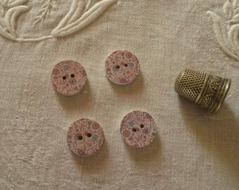 4 wood buttons / liberty spirit