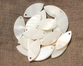 8pc - charms 26x12mm 4558550020055 Marquise white mother of pearl beads