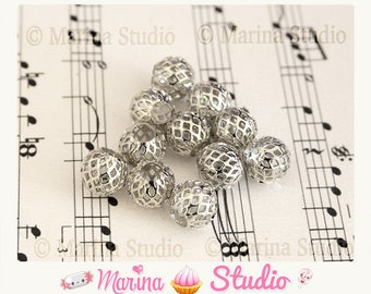 10 pearls 10x9mm perforated silver metal