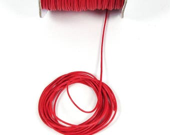 2 metres of red waxed cord 1 mm in diameter