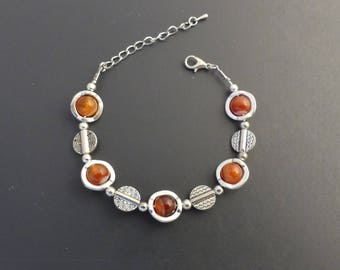 Red agate and silver metal, adjustable bracelet